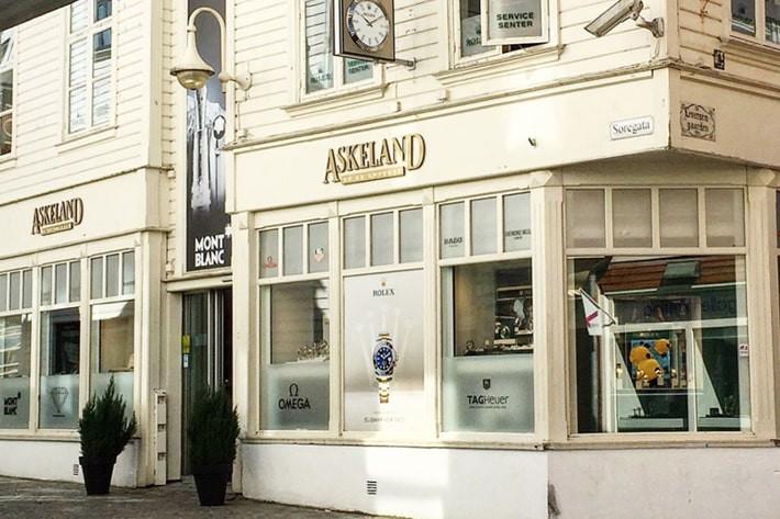 """Featured image for """"Askeland Ur og Diamanter"""""""